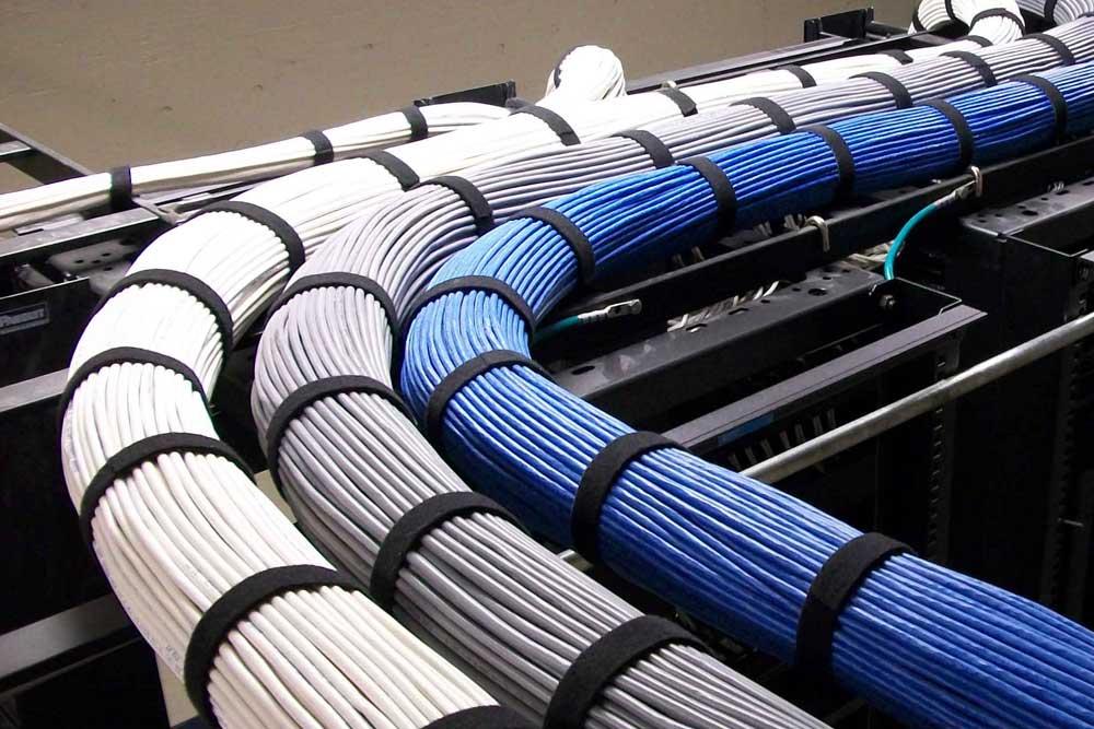 光纖網絡拉線放線佈線工程